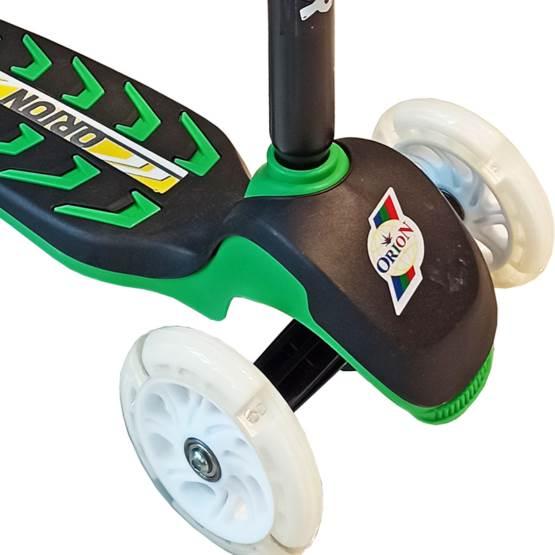 Trotinetă pentru copii cu lumini 164-6l Verde - până la 50 kg